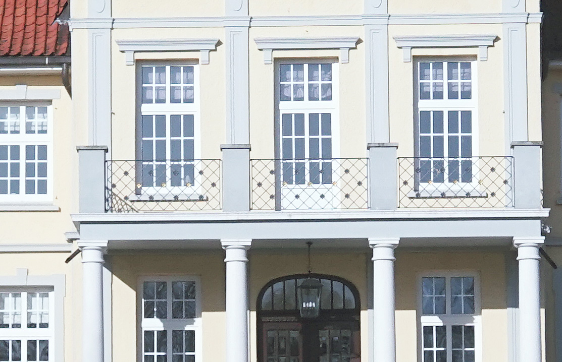 Name:  herrenhaus_crop.jpg Hits: 1665 Größe:  282,5 KB