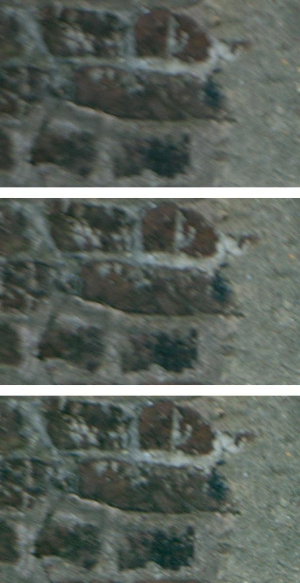 Name:  wand-links-oben.jpg Hits: 1480 Größe:  196,3 KB