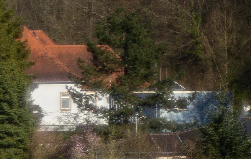 Name:  Crop Kirchturm Rand.jpg Hits: 173 Größe:  210,7 KB