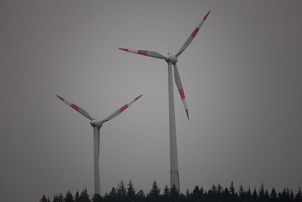 Name:  windraeder.jpg Hits: 1261 Größe:  90,5 KB