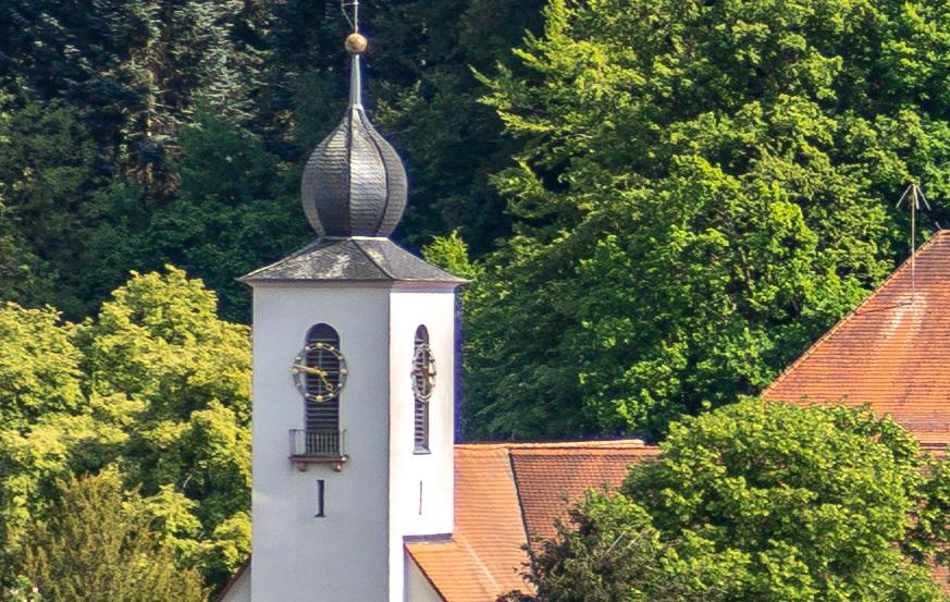 Name:  Crop Kirchenuhr 85mm f5.jpg Hits: 362 Größe:  279,2 KB