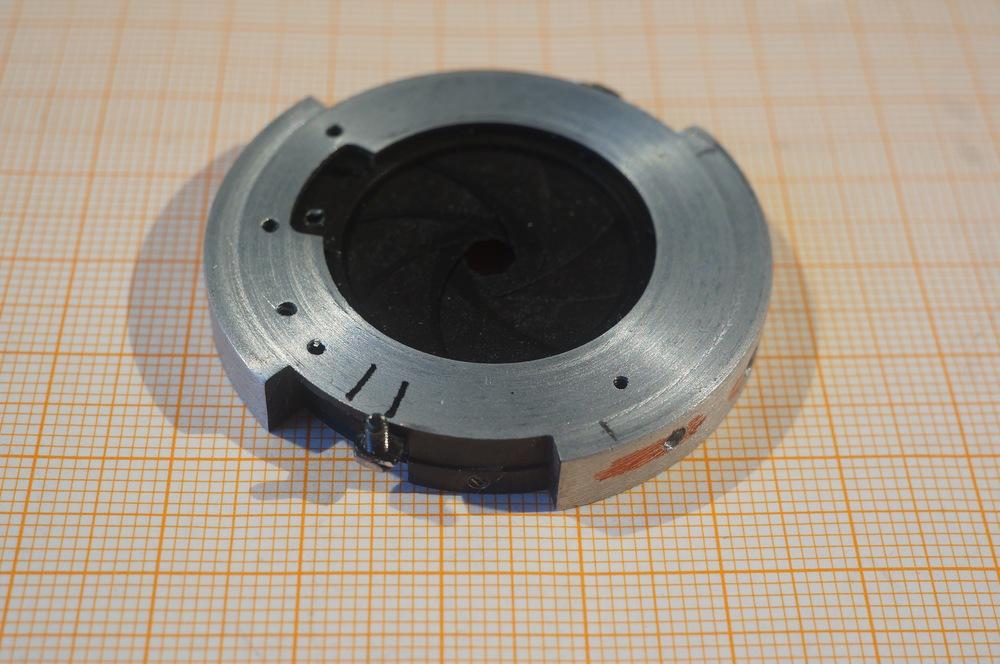 Name:  Meo 1,4_70 Blendenkörper angepasst DSC09988.jpg Hits: 201 Größe:  178,6 KB
