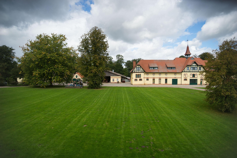 Unser Hof 2
