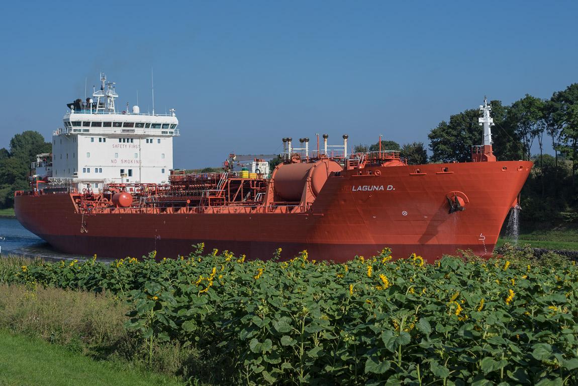 MS Laguna Tankschiff